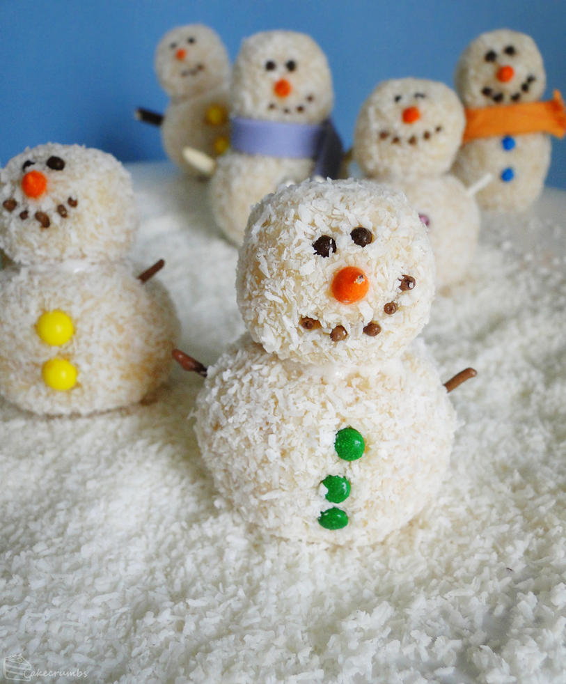 12 Days of Christmas :: 9 Snowman Truffles by cakecrumbs