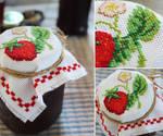 Strawberry Jam Jar Cover