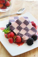 Checkered Berry Parfait by cakecrumbs