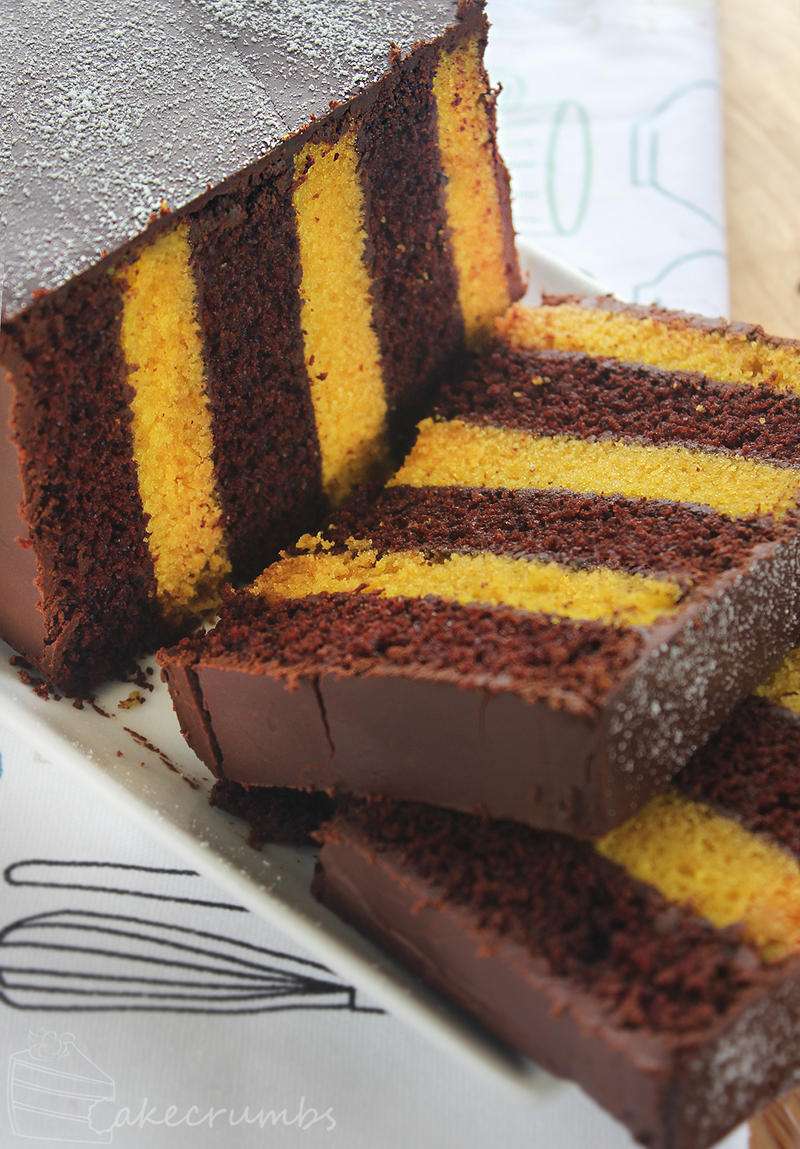 Choc Banana Vertical Layer Cake by cakecrumbs