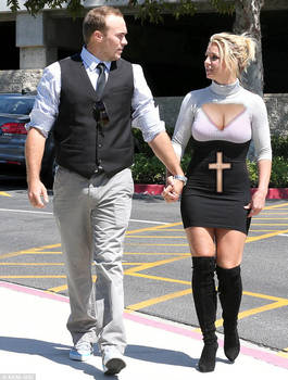 Britney Spears out to Church