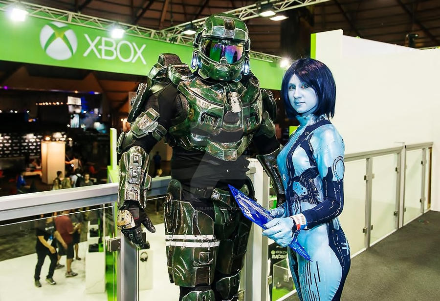 Master Chief and Cortana Cosplay by SpartanJenzii