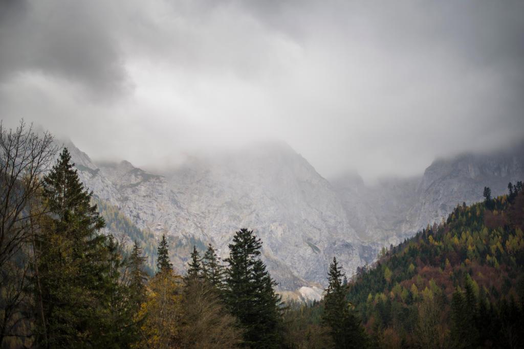 Mountain 1 by fallen-cherubim