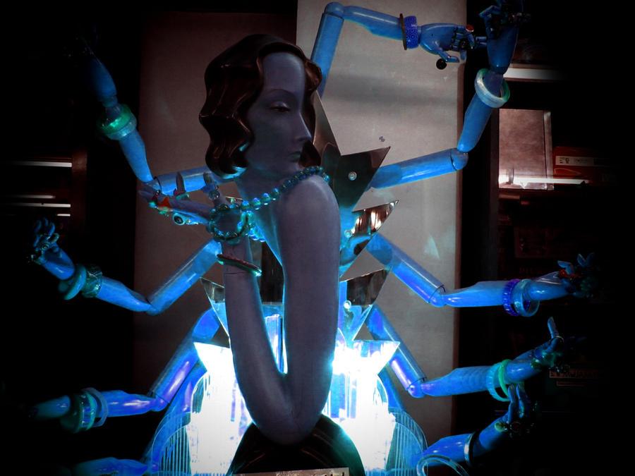 AMULTI MANOS by ~equisxxx | Deviantart.com »
