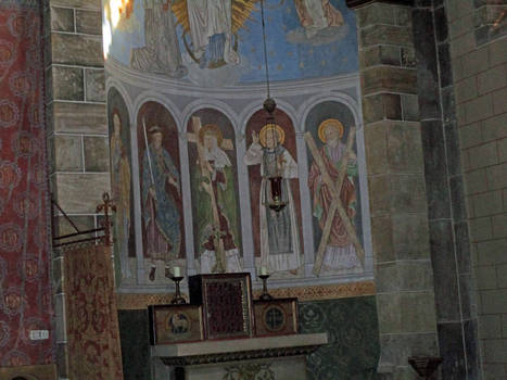 Columns Dome Side Altar (Rolduc)