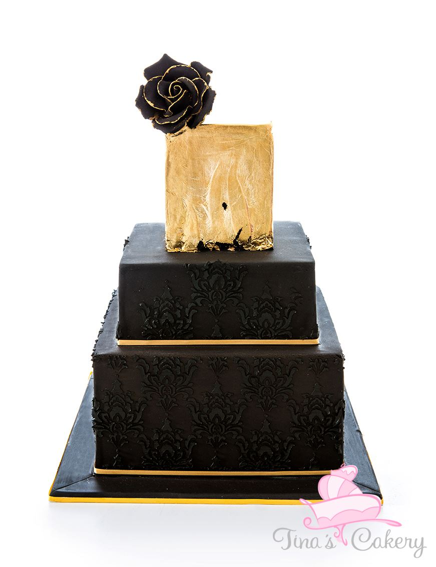 Black and Gold Wedding cake. by Igasm