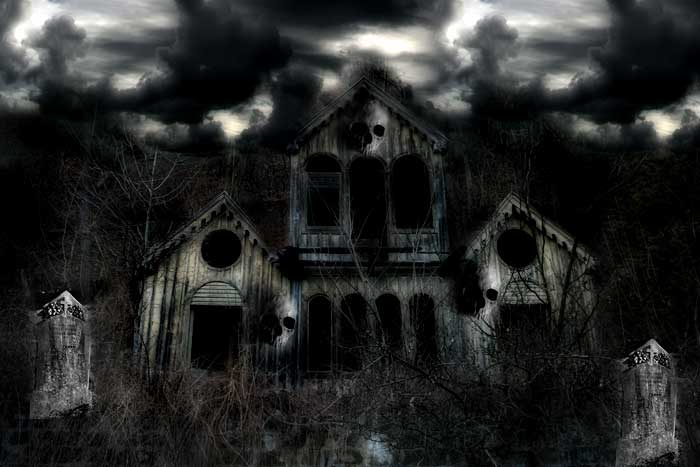 Spooky haunted house pictures
