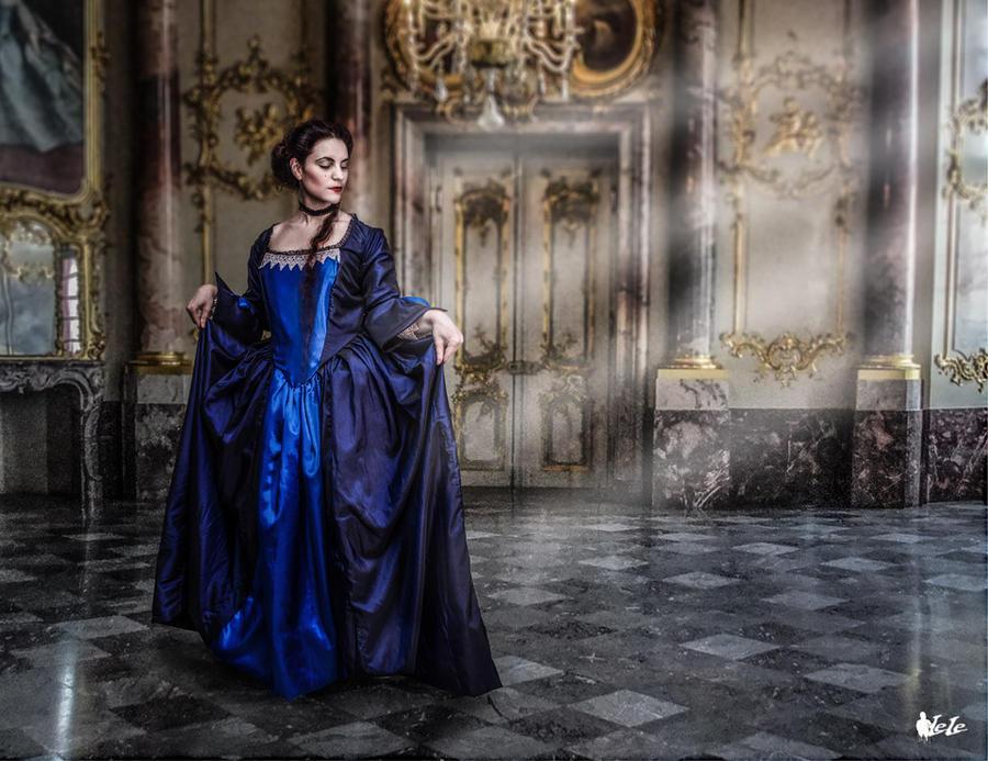 Rococo' inspired dress 'Marquise' by DanielleFioreModel