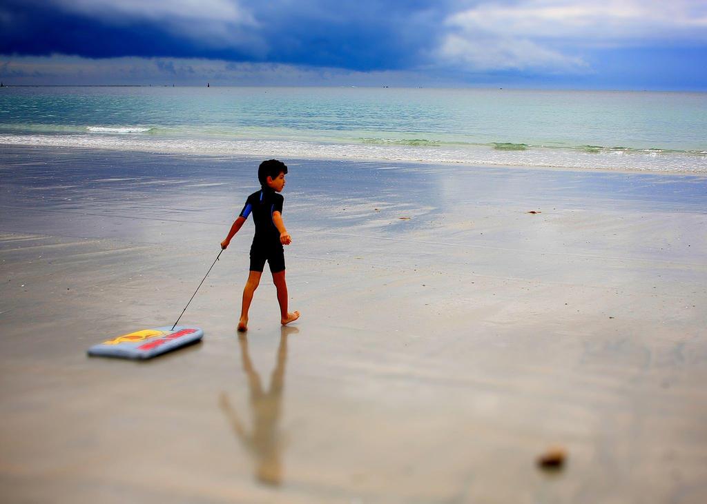 adam-north beach France by Rladhem