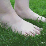 Barefoot by Annmey