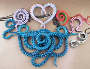 Tentacle necklace bunch