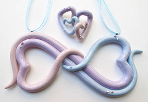 Double heart pastel and glitter necklace set