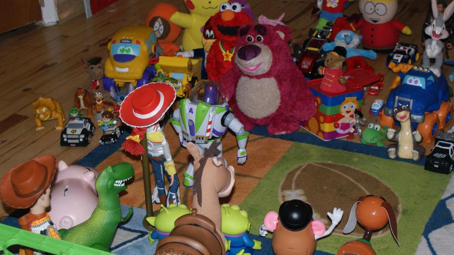 Toy Story 3 Sunnyside : Welcome to sunnyside folks by crazyass on deviantart