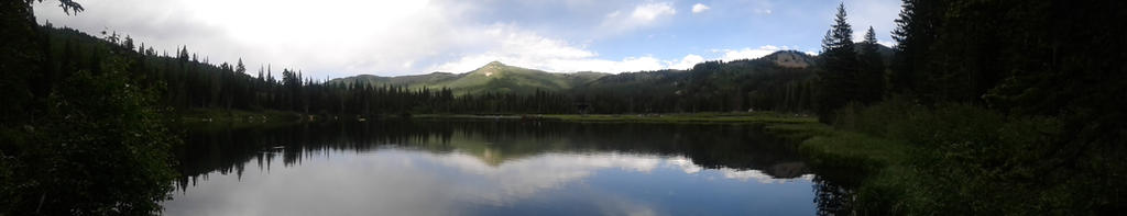 Mountains and Scenery by lyricmendoza