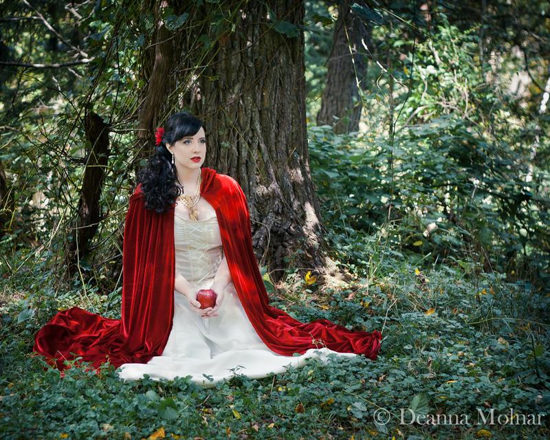 Snow White by Gilraen-Taralom