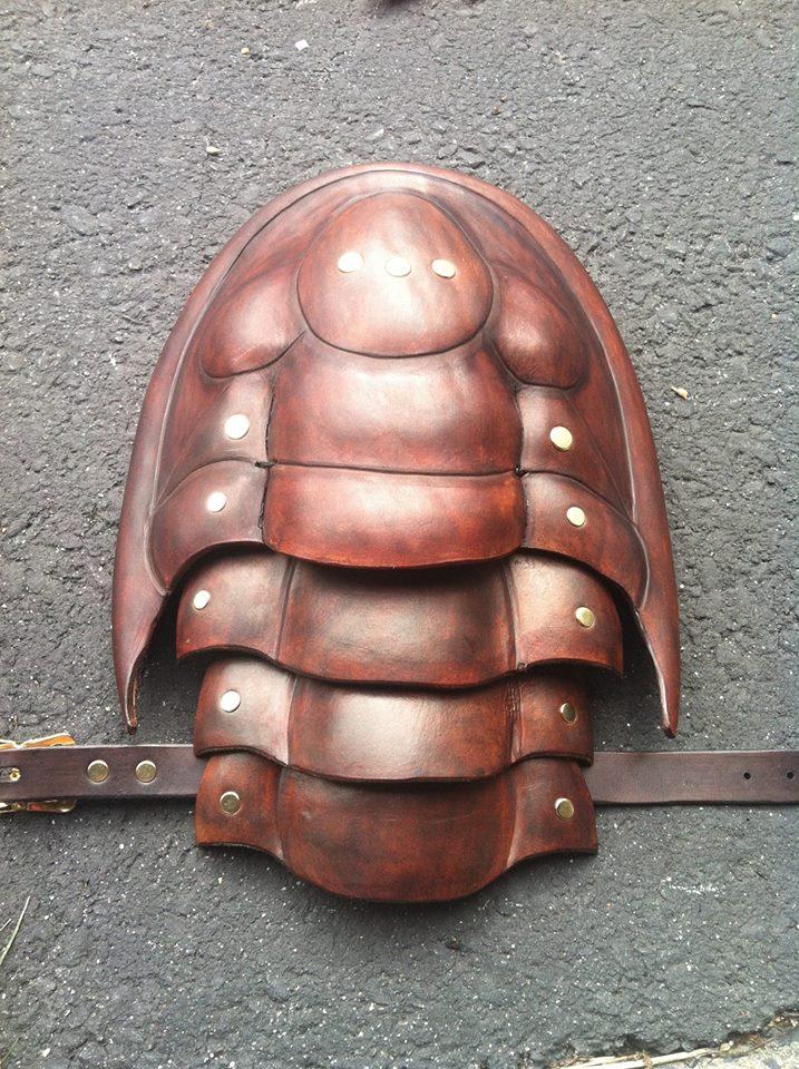 Trilobite pauldron by SavagePunkStudio