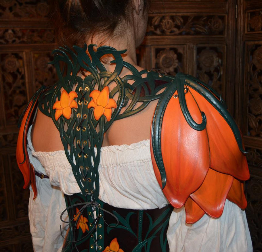 Asiatic Lily Armor, rear by SavagePunkStudio