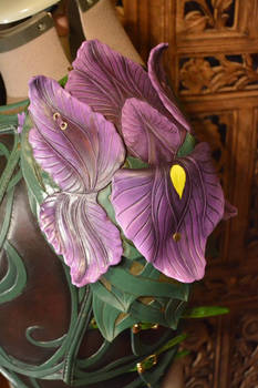 Women's Leather Iris Armor, Pauldron