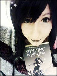 Vampire kisses - Raven Mdison