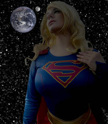 Planetary Giantess Supergirl: Protector or Ruler?