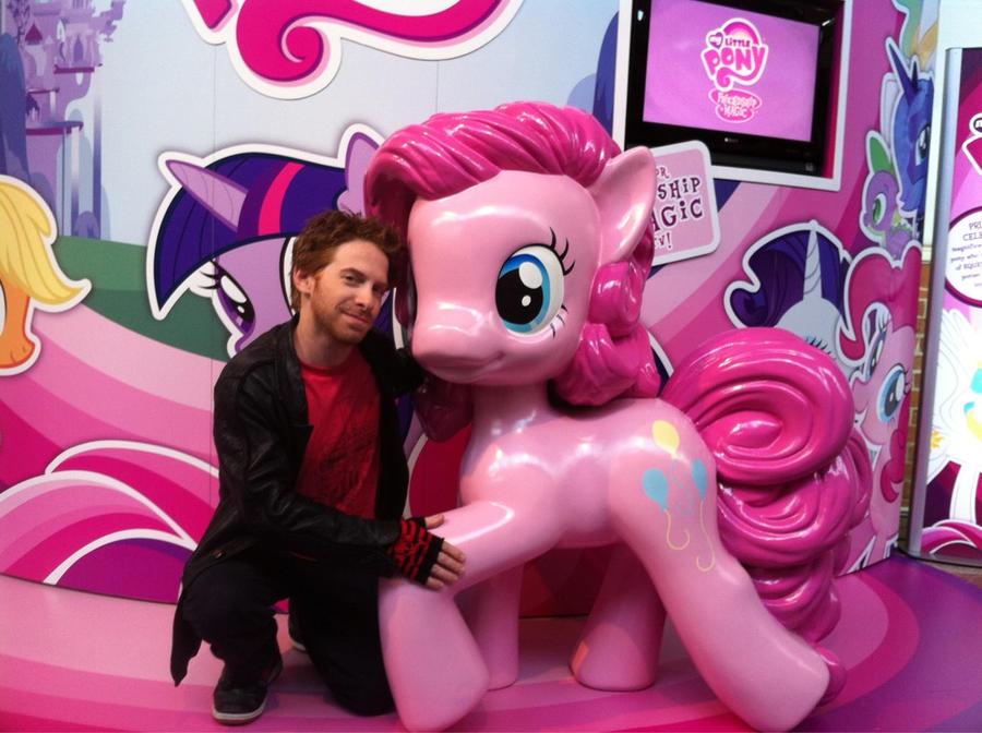 My Little Pony: Friendship Is Magic fandom - Wikipedia
