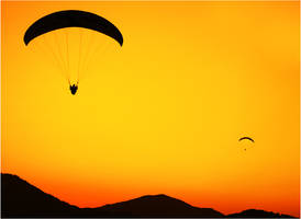 Sunset Paragliding by toreoztok