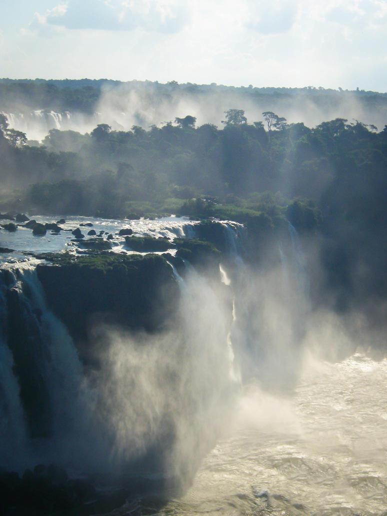 Iguazu by tubbums32