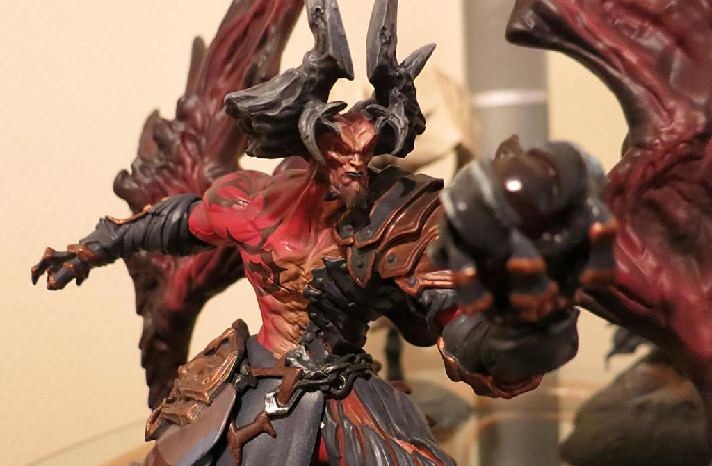 Fan Photo of the Day! Darksiders Samael Statue by ...