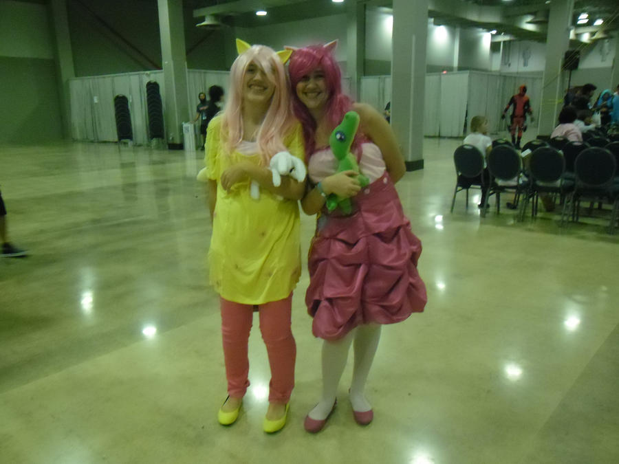 Fluttershy and Pinkie Pie by Damova1