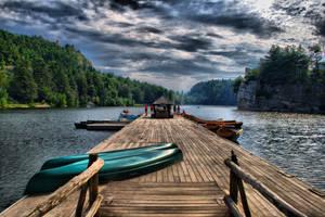 Mohonk Lake by Seanjhalpin