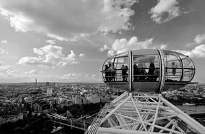 London Eye by Benijamino