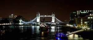 Tower Bridge I by Benijamino