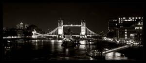 Tower Bridge II by Benijamino