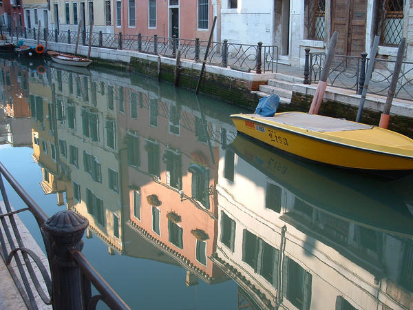 Waterway in Venice by Mauo