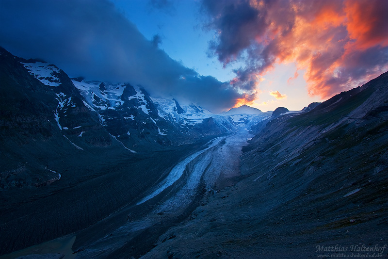 Glacier Sunset by MatthiasHaltenhof