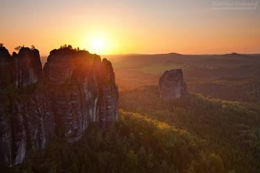 Schrammsteine Sunset by MatthiasHaltenhof