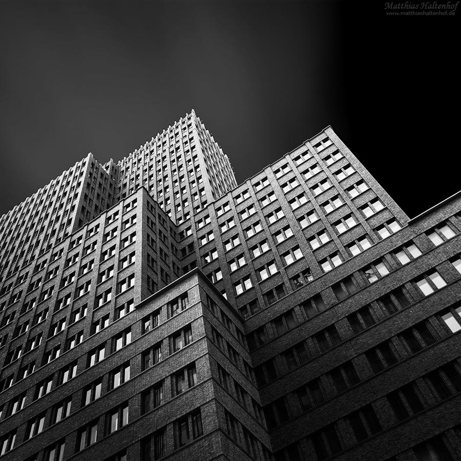 Kollhoff Tower by MatthiasHaltenhof