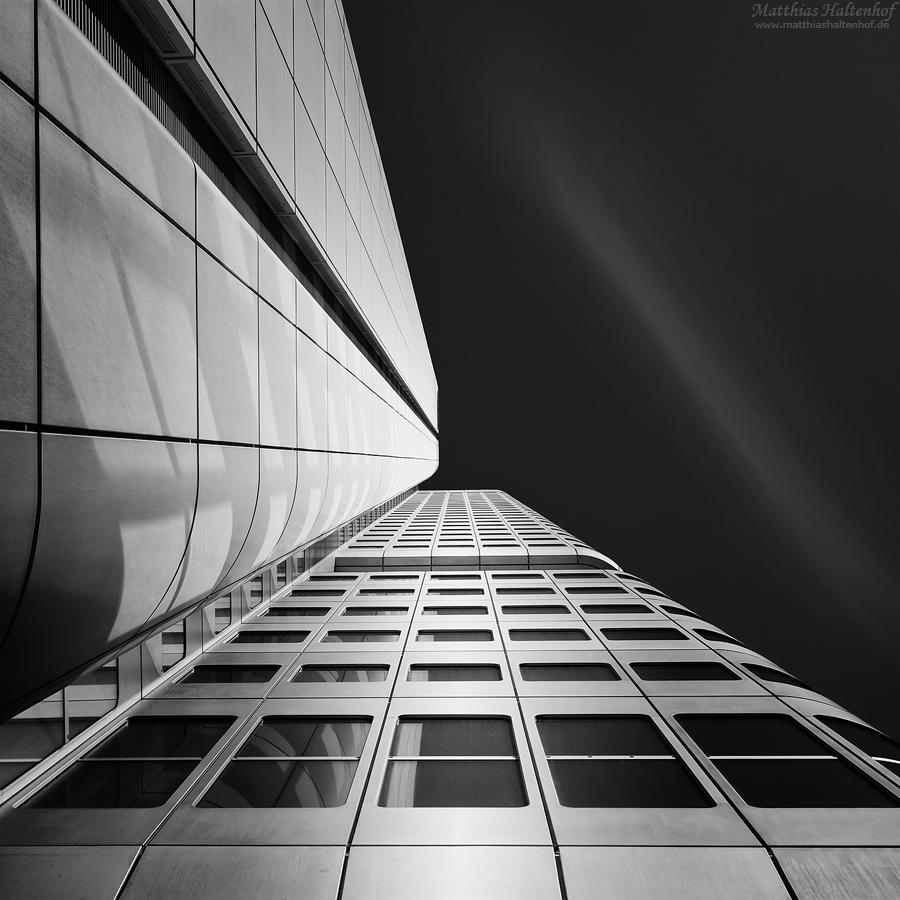 Frankfurt 2 by MatthiasHaltenhof