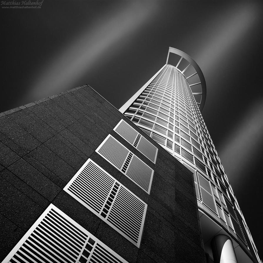 Frankfurt 7 by MatthiasHaltenhof