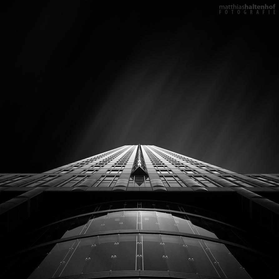 MesseTurm by MatthiasHaltenhof