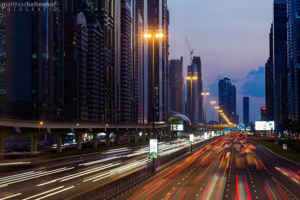 Sheikh Zayed Road by MatthiasHaltenhof
