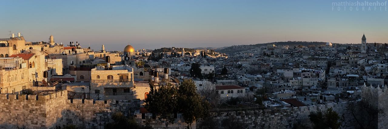Jerusalem Old City by MatthiasHaltenhof