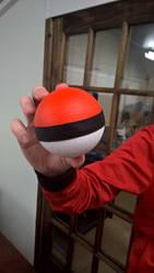 Pokemon - Pokeball by Sythnet