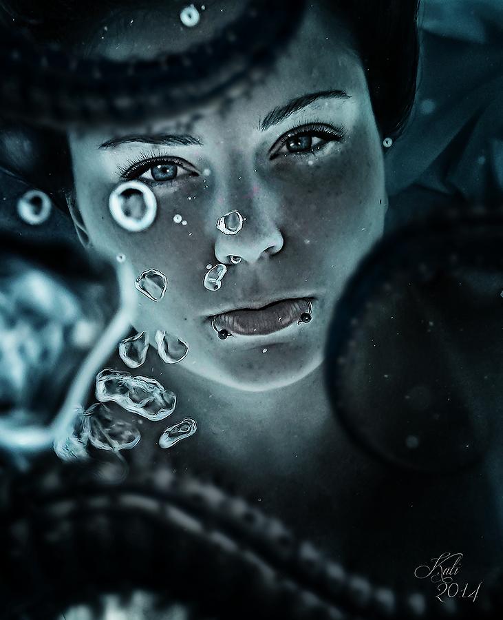 caught under water by MademoiselleKati
