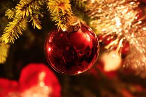 Christmas ball by Rwjensn