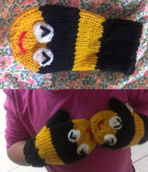 Bee Mittens by ornate-simplicity