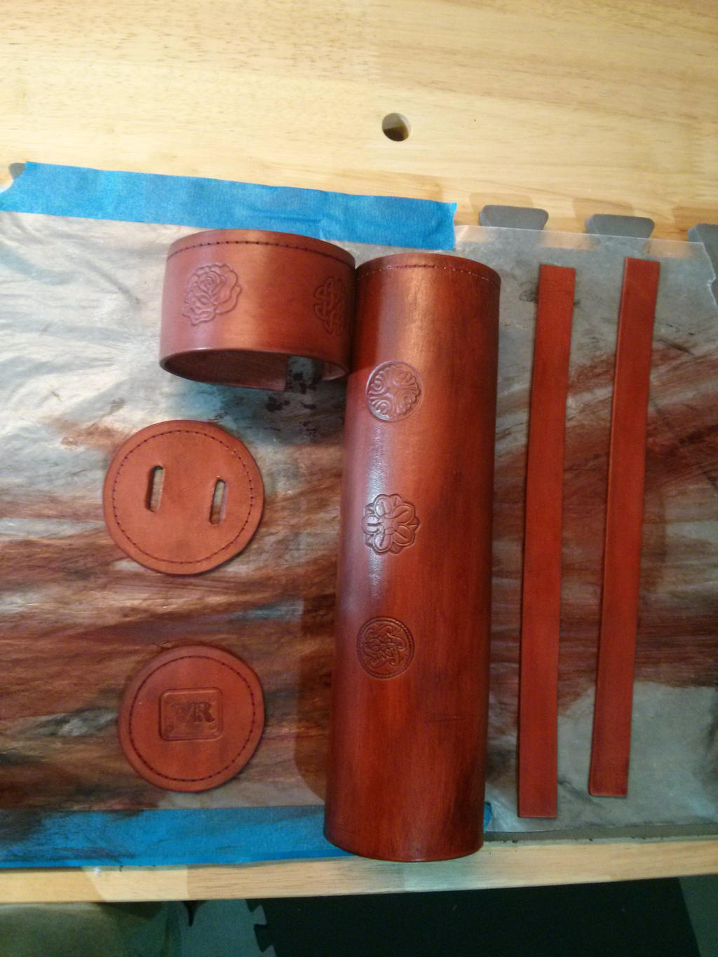Leather scroll case - staining and coloring by valral on DeviantArt