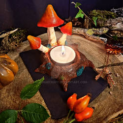 Mushrooms candle holder by Lunaecraft