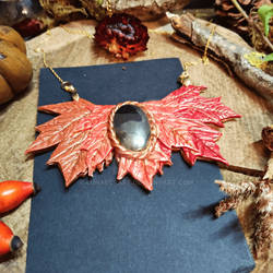 Leaves breastplate with gemstone by Lunaecraft