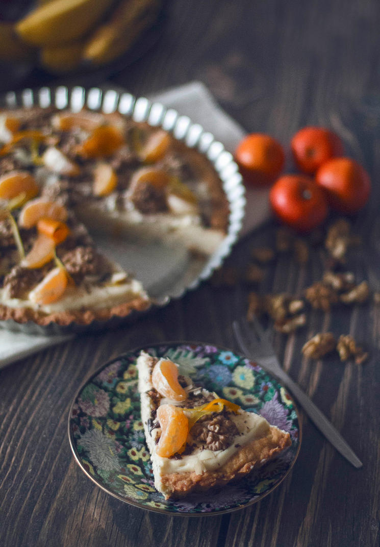 tart with vanilla cream by FiorOf